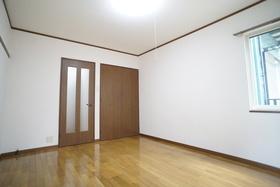 https://image.rentersnet.jp/01f46e50-5e29-44c6-acb9-315bb5f574e3_property_picture_956_large.jpg_cap_居室