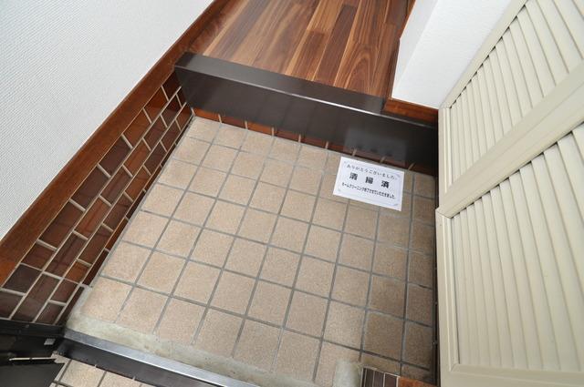 ビーフォレスト尼崎KANNAMI 玄関から部屋が見えないので急な来客でも安心です。