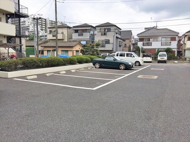 カーメルⅠ駐車場