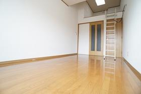 https://image.rentersnet.jp/02a53ec6-4c42-4e10-8482-66ff0f5815dd_property_picture_956_large.jpg_cap_居室