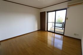 https://image.rentersnet.jp/02db88e6-5de6-4937-8f93-d75a4269493b_property_picture_957_large.jpg_cap_居室