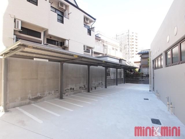 ワイズコート別府駅前駐車場