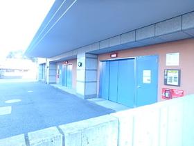 リビオ橋本タワーブロードビーンズ駐車場