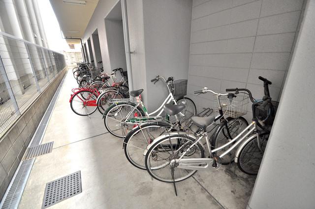 ヴィラサンシャイン あなたの大事な自転車も安心してとめることができますね。