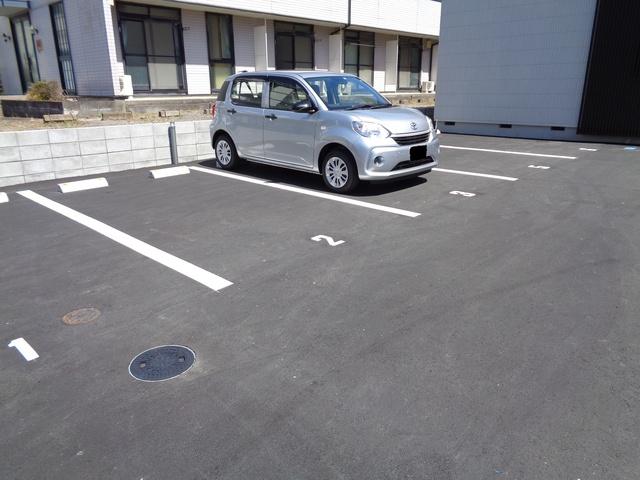 シンフォニア BORIKI・N駐車場