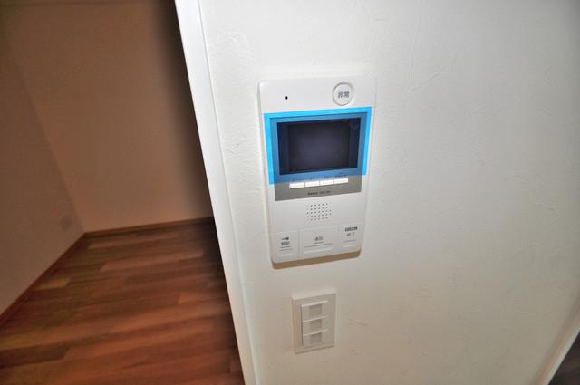 グランマーレ小路駅前 TVモニターホンは必須ですね。扉は誰か確認してから開けて下さいね