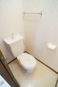 https://image.rentersnet.jp/03f7abe7-9524-4fea-8cfb-692ec23ffda3_property_picture_2409_large.jpg_cap_★洋式水洗トイレ★