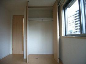 レフィナード山王 202号室