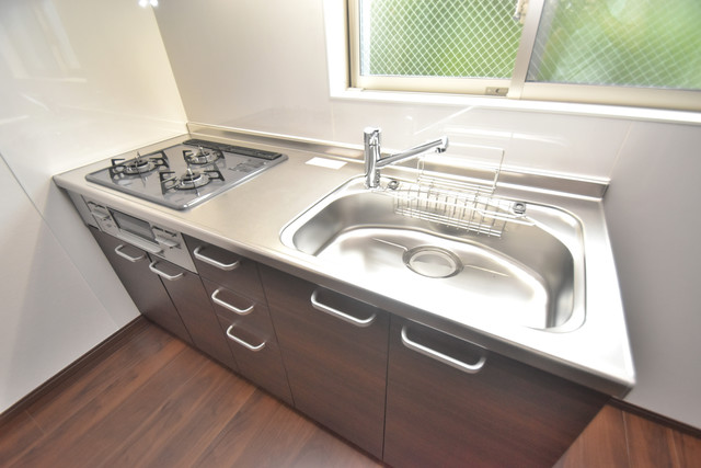 グロースコート弥刀 システムキッチンは広々と使えて、お料理が楽しくなります。