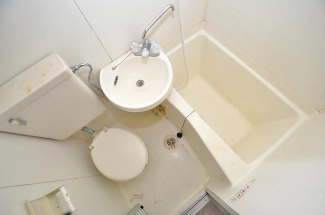 川辺287ビル シャワー一つで水回りが掃除できて楽チンです