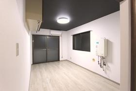 メゾン・ド・コンセール 202号室