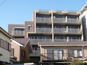 アジュール新杉田の外観画像