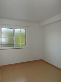 https://image.rentersnet.jp/0594ac0f-b588-4abe-8496-a629fd684fa7_property_picture_3515_large.jpg_cap_居室