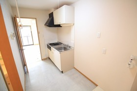 https://image.rentersnet.jp/059b3176-b06a-4d3d-8350-ab613ddcaf1d_property_picture_2988_large.jpg_cap_キッチン