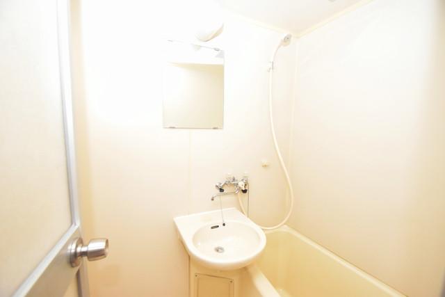 シティーコア高井田Ⅱ 小さいですが洗面台ありますよ