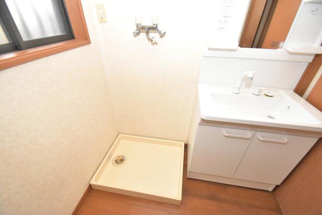大蓮南2-18-9 貸家 嬉しい室内洗濯機置場。これで洗濯機も長持ちしますね。