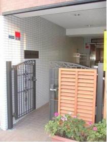 亀戸駅 徒歩25分エントランス