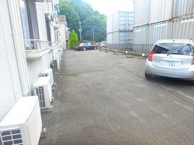 マンションKANNA駐車場