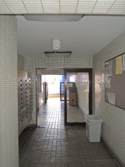 スカイコート日吉2エントランス
