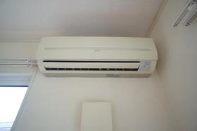 https://image.rentersnet.jp/06b89f28-c555-4bdd-9e92-53612f38a6c2_property_picture_1993_large.jpg_cap_設備