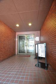 六本木駅 徒歩5分エントランス