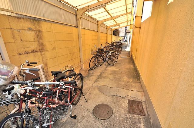 アメニティ深江橋 敷地内には専用の駐輪スペースもあります。