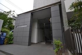 経堂駅 徒歩4分エントランス