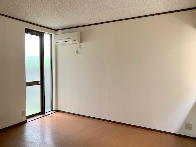 メゾン代田居室