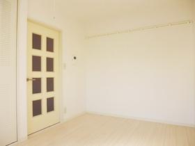とっても綺麗な洋室です。