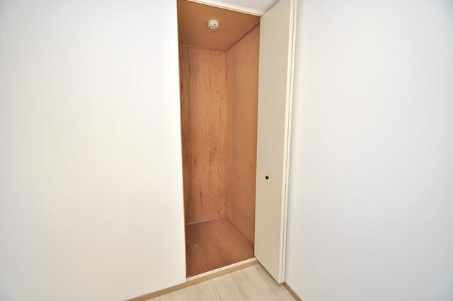 サンビレッジ・ラポール 各部屋に収納があるので、お荷物が多い方も安心ですね。