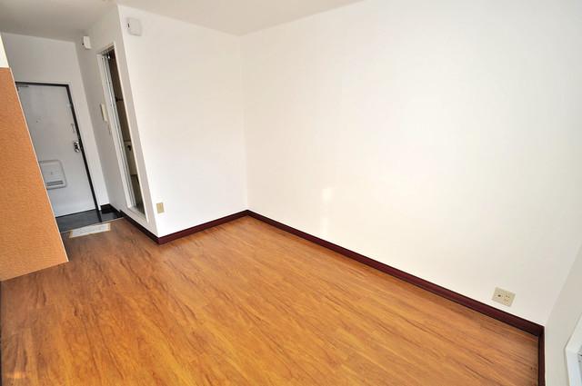 大宝菱屋西CTスクエア 落ち着いた雰囲気のこのお部屋でゆっくりお休みください。