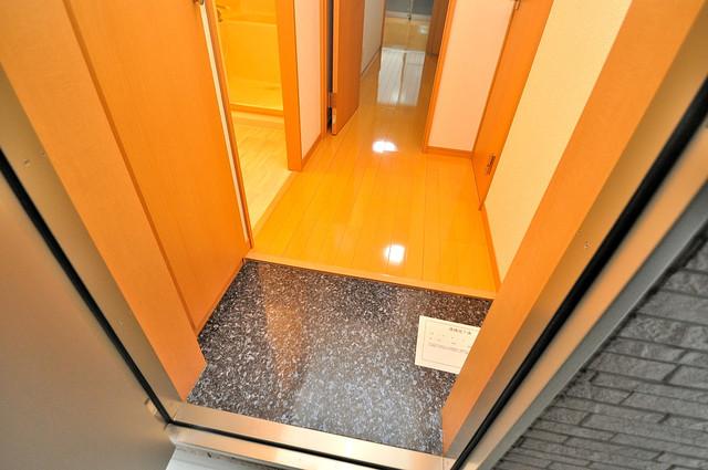 アンプルールフェールU-HA 素敵な玄関は毎朝あなたを元気に送りだしてくれますよ。