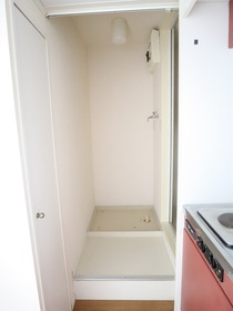 https://image.rentersnet.jp/0809098b-c23b-4616-b9a9-96369b2026fc_property_picture_955_large.jpg_cap_室内洗濯機置き場
