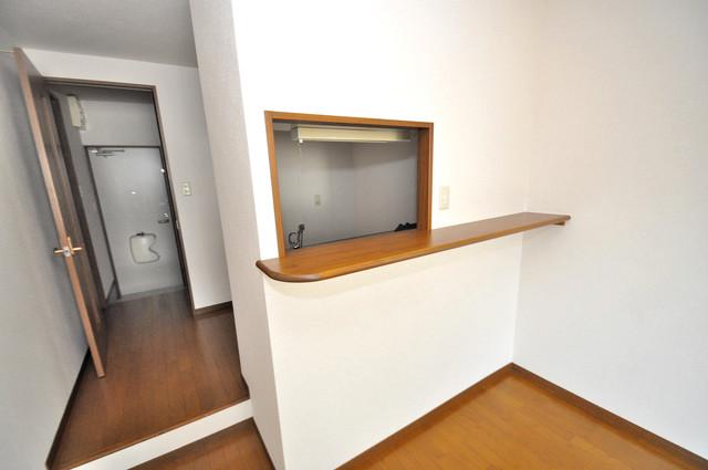 アンプルールフェールヴァンクール キッチンカウンターもついてます。