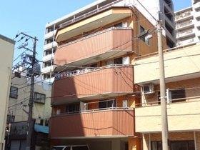 上間ビルの外観画像