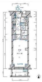 レグノ・スイート三軒茶屋7階Fの間取り画像