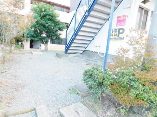 本厚木駅 バス12分「台ノ上」徒歩3分エントランス