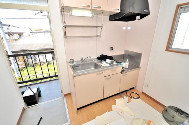 江口コーポ 落ち着いた色合いのキッチン。使い勝手も良いです。