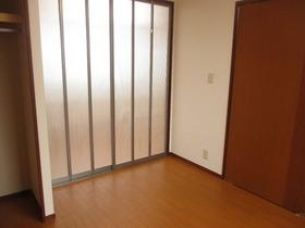 https://image.rentersnet.jp/08e76be4-6b76-44cd-8e47-6f568991c3d3_property_picture_959_large.jpg_cap_居室
