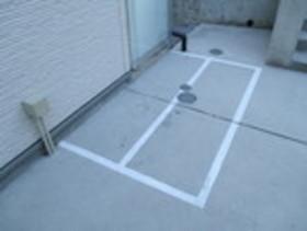 リブリ・LUCE駐車場