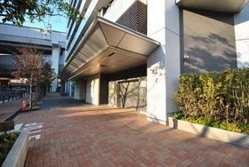 中目黒駅 徒歩18分エントランス