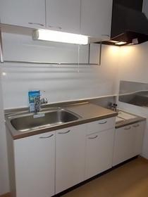 https://image.rentersnet.jp/092287d9-1172-4759-8038-af854772098d_property_picture_3515_large.jpg_cap_キッチン