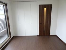 https://image.rentersnet.jp/093d7fa06b19e5d4786190f250f17aa6_property_picture_1992_large.jpg_cap_居室