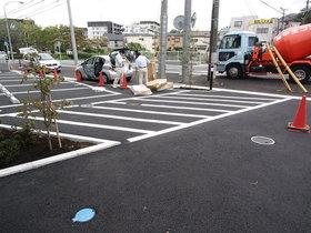 リブリ・Tsurugamine駐車場