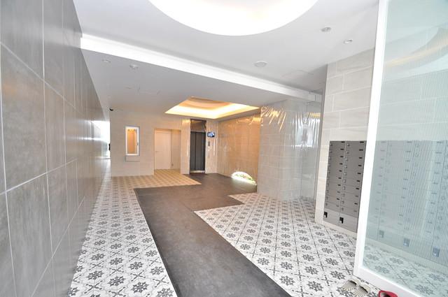 セイワパレス玉造上町台 エレベーターホールもオシャレで、綺麗に片づけられています。