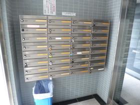 スカイコート新宿第7エントランス