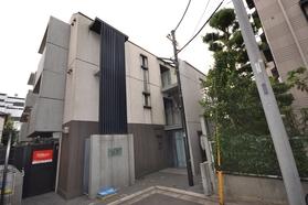 東北沢駅 徒歩7分エントランス