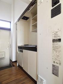 α-NEXT唐原 : 1階キッチン