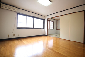 https://image.rentersnet.jp/0a925672-1ff6-4f53-9f52-cfb014655121_property_picture_1992_large.jpg_cap_居室