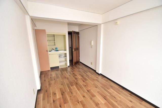 シティーコア高井田Ⅱ シンプルな単身さん向きのマンションです。